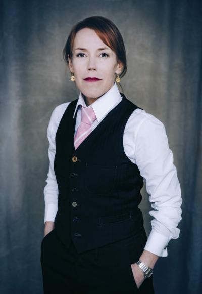 Kuva kirjailijasta Åsa Larsson